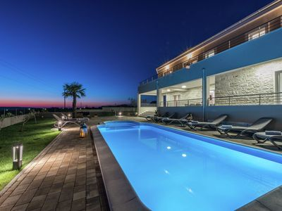 Photo for Superb 5* villa  with heatable pool terrace, 4 en suite bedrooms,  5 km from sea