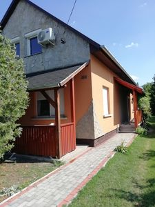 Photo for Holiday house with air conditioning and washing machine