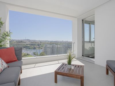 Photo for Liiiving in Porto | Luxury River View Apartment I