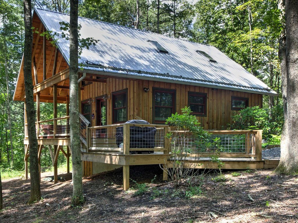 New romantic 1br asheville area cabin on f vrbo for Asheville area cabin rentals