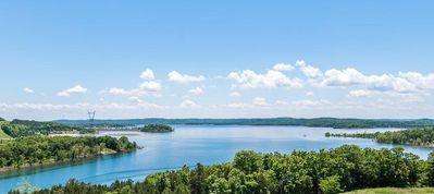 Photo for Branson Majestic Table Rock Lakeside Premium View , 6 mins to strip 314