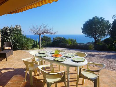 Photo for 3 bedroom Villa, sleeps 6 in La Garonnette-Plage with Air Con and WiFi