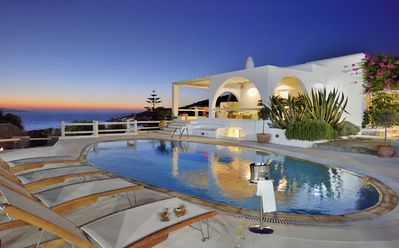 Photo for Villa next to the beach of Agios Ioannis (St John), view towards Delos, swimming pool