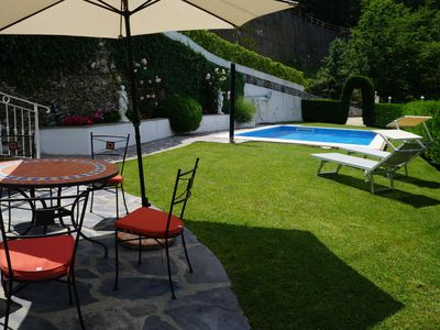 Photo for Luxury apartment in a country house villa, 310 m², 3 terraces, pool, WiFi