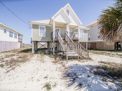 Photo for 4 Bedroom Beach House on the Sandy Bay-front Beach