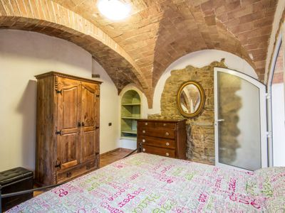 Photo for Apartment La Fonte in Volterra - 2 persons, 1 bedrooms