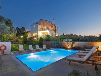 Photo for 5 bedroom Villa, sleeps 12 in Xiro Chorio with Pool, Air Con and WiFi