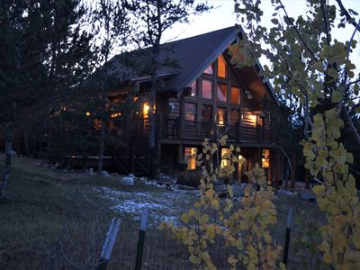 "Photo for Mountainside ""Cabin""-Stunning 360/24 Hr Views~Upscale Rustic Luxury on 3 Levels"