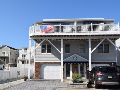 Photo for INTERNET, CENTRAL A/C, DECK & OFF STREET PARKING
