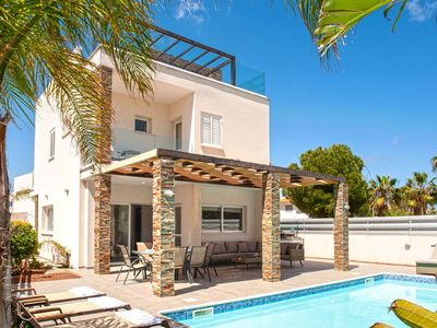 Photo for ANASTASIA - 4Beds Villa just 600m from Fig Tree Bay, Protaras