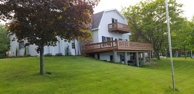 Cheboygan lakefront house on all-sports Long Lake