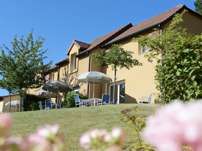 Photo for Well kept maisonettes with lovely pool in the beautiful Dordogne