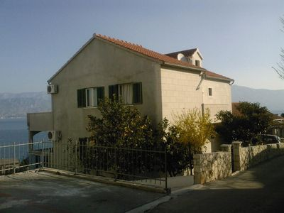 Photo for Apartment in Postira (Brač), capacity 4+0