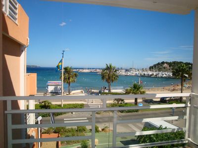 Photo for ME12. In front of the beach! 200m from the center, T2 air-conditioned for 4 pers. Private parking