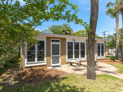 Photo for Captains Quarters A: 1 BR / 1 BA condo in Tybee Island, Sleeps 4