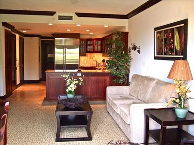 Enjoy your stay in our lovely 1BR/2BA condo with a full-sized gourmet kitchen.