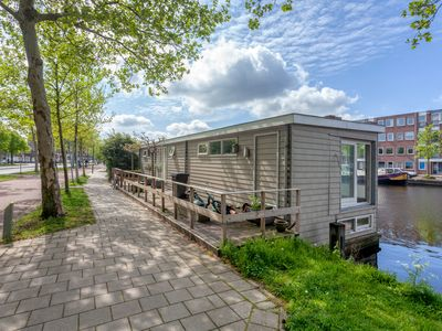 Photo for Modern 2 floor boathouse at the Spaarne river