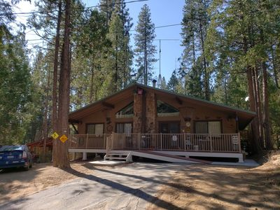 Photo for Comfortable and Spacious Vacation Home Near Golf and Redwoods, in Yosemite Park