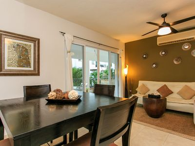 Photo for 2 Bedroom + WIFI + Great Pool + Close to 5th Avenue + Near Beach + 5 people
