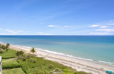 Photo for DIRECT OCEANFRONT UNIT WITH STUNNING OCEAN VIEWS! GORGEOUS 2 BED, 2 BATH UNIT!