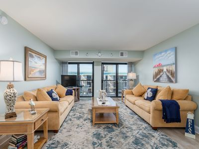 Photo for Enjoy the view and sound of the ocean from this top floor condo!