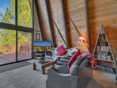 Photo for NEW LISTING - Owl's Nest - Pet-Friendly Northstar Cabin - FREE SKI SHUTTLE