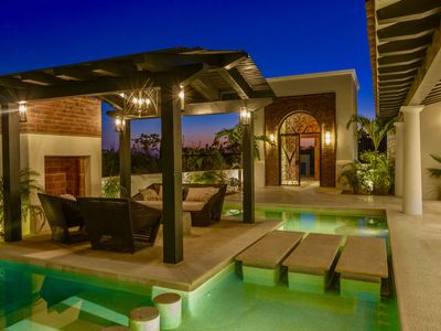 Photo for Stunning new contemporary home in Fundadores, Puerto Los Cabos!