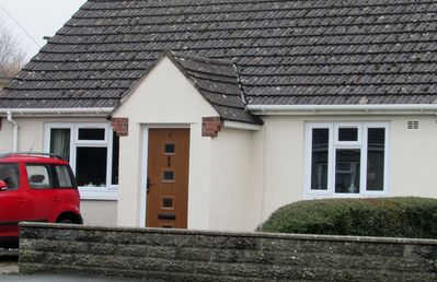 Photo for Cosy Bungalow near Historic Laugharne