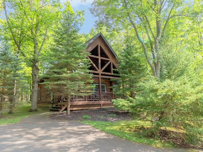 Photo for The Evergreen - Lake Area Home with Year-Round Hot Tub Room