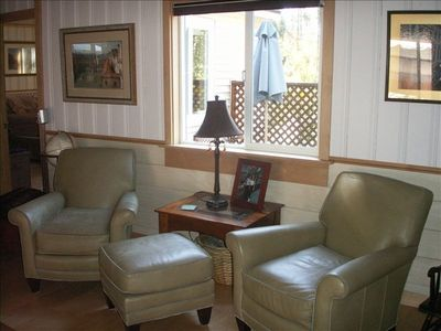 Photo for Aspen Rige Chalet /Walk to downtown Truckee and Safeway/private hot tub/WiFi