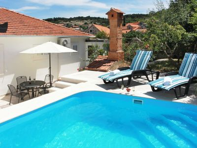 Photo for Vacation home Edo (BRC601) in Brač/Splitska - 8 persons, 3 bedrooms