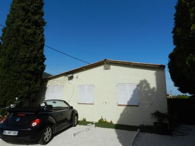 Photo for Small house 200m from the beach in Saint Clair