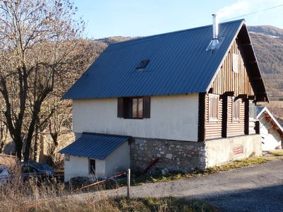 Photo for Detached 10 pers. chalet in the mountains