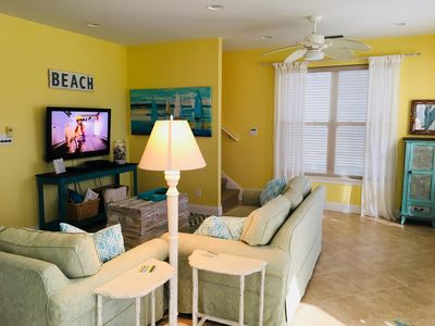 comfortable living area open to dining and kitchen satellite TV, wifi, DVD