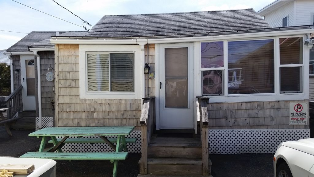 Cozy Hampton Beach Cottage: 3 BR Vacation Cottage For Rent