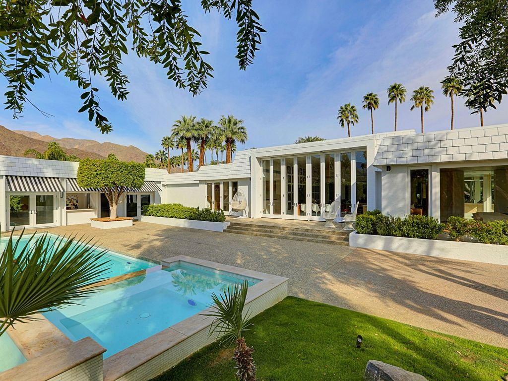 Palm springs celebrity estate