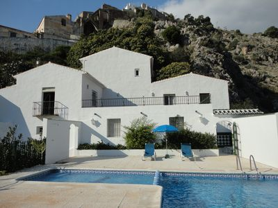 Photo for 3 bedroom villa with spectacular nature and pool.