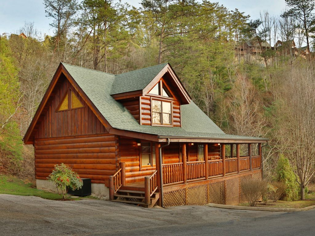 1 br luxury cabin rental in bear creek crossing resort with