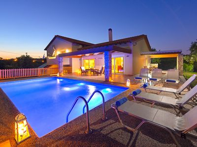 Photo for This 4-bedroom villa for up to 8 guests is located in Kolymbia and has a private swimming pool, air-