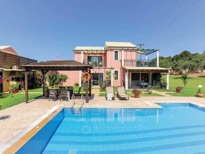 Photo for 4 bedroom Villa, sleeps 8 in Chalikounas with Pool, Air Con and WiFi