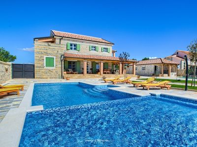 Photo for Beautiful luxurious villa with private pool