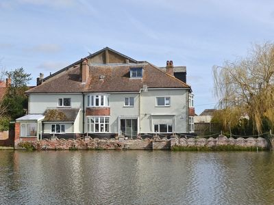 Photo for 3 bedroom property in Beccles. Pet friendly.