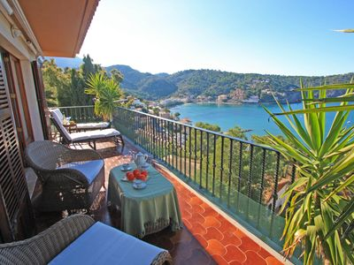 Photo for Seaview Apartment Port de Soller, minutes from the sea.