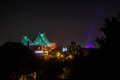 View from the Jacques Cartier's bridge at night