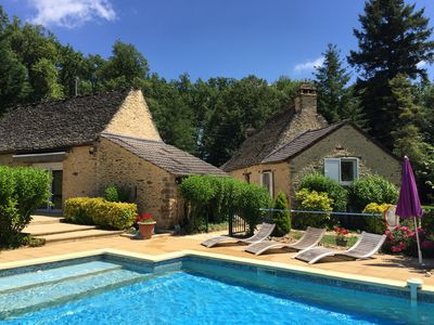 Photo for Authentic property 10 minutes from SARLAT and LASCAUX IV with heated pool
