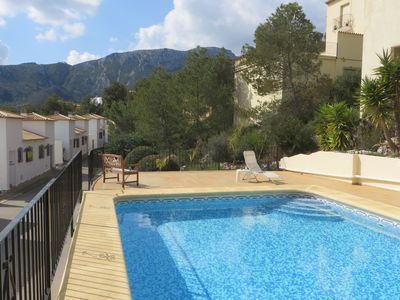 Shared pool - suitable distance from villas