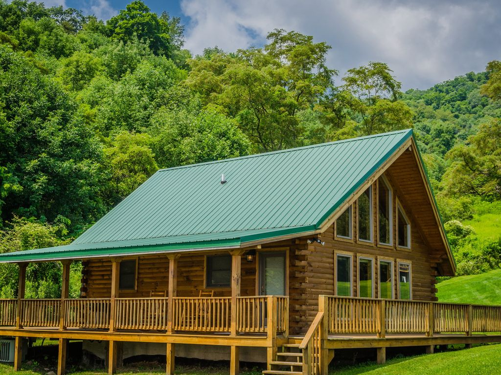 gorge cabin rentals road country in with tub river new wv hot west yurt crop virginia cabins