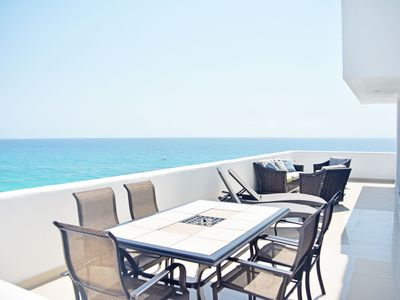 by Tim M - Penthouse #3702 - Breathtaking Ocean Views+Awesome Views of the Strip