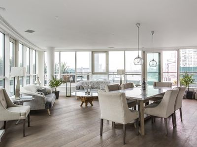 Photo for St George's Wharf III - luxury 3 bedrooms serviced apartment - Travel Keys