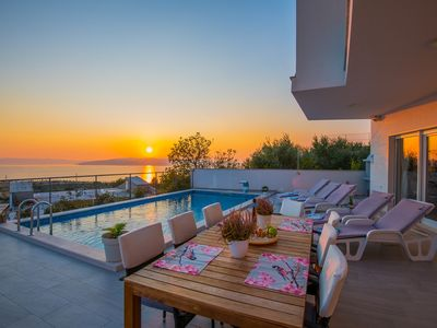 Photo for ctma246/ New modern house with private heated pool, 6+2 persons, ideal for family vacation